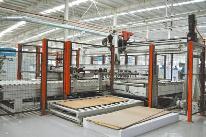 于成都市崇州的板式家具生产线.-专业木工机械B2B平台,木工机